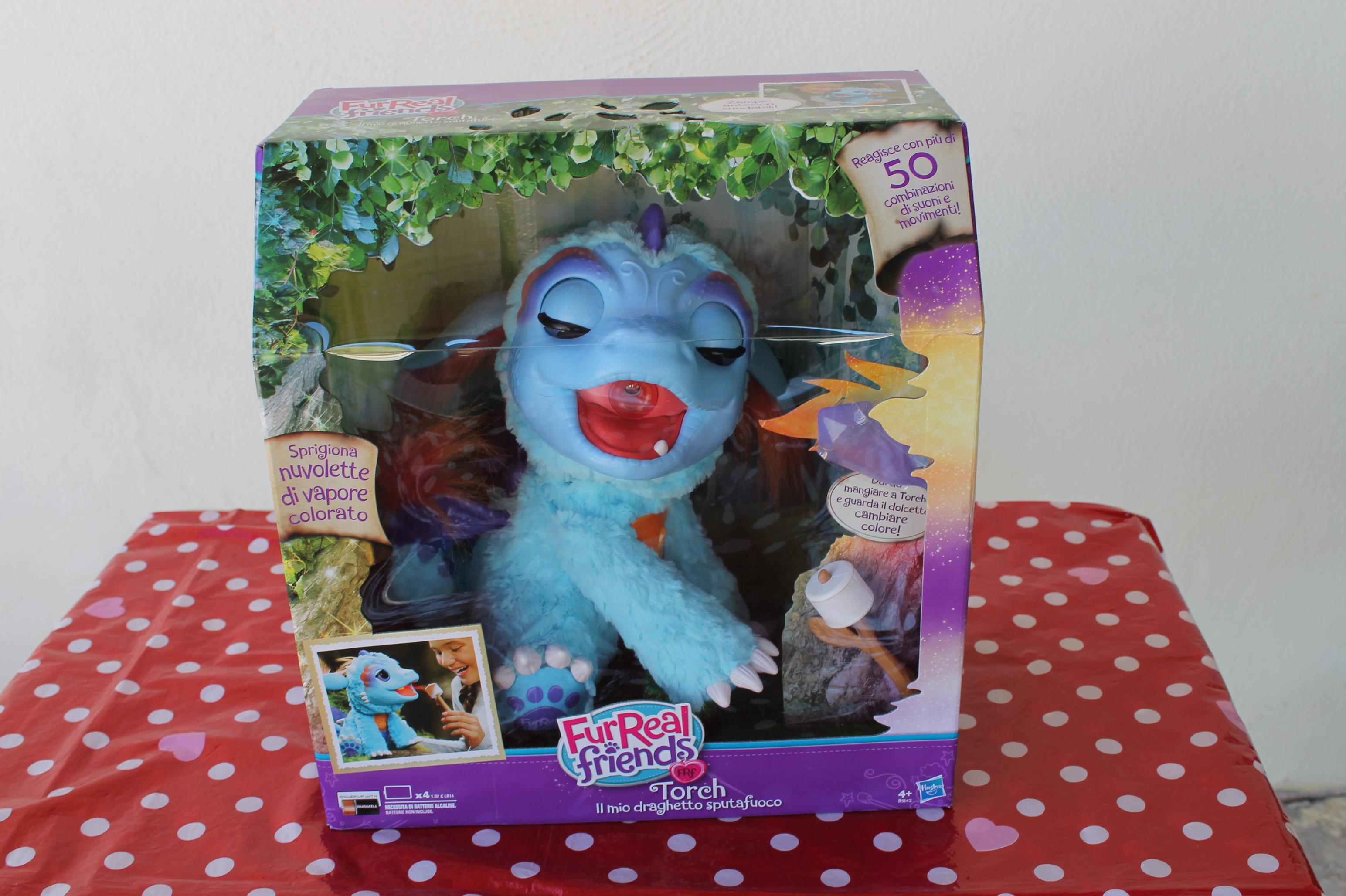 Torch il cucciolo sputa fuoco FurReal friends della Hasbro