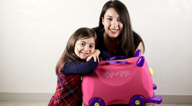 Valigia cavalcabile per intrattenere i bambini durante i viaggi