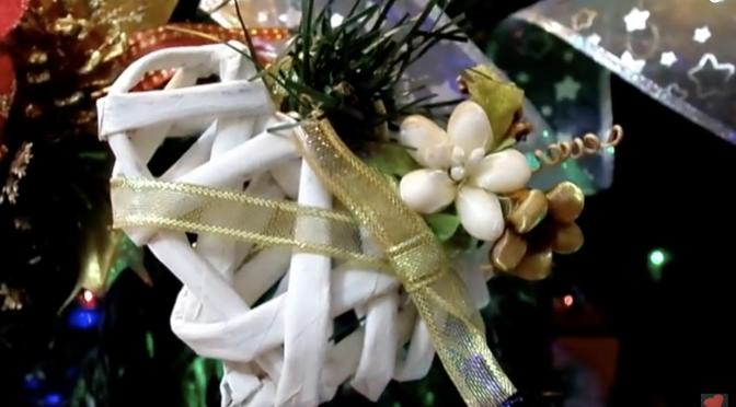 Addobbi fai da te decorazioni natalizie con materiali semplici